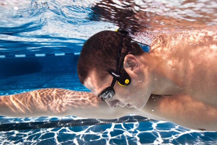 finis scout life neptune 01