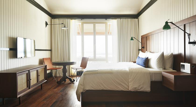 details scout life hotel room bedroom 7. Scout Tips  Dope Hotel Rooms to Inspire Home D cor    The Scout Life