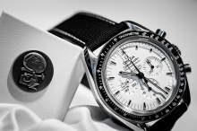 omega scout life speedmaster snoopy 2