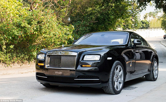rolls royce scout life wraith luggage 9